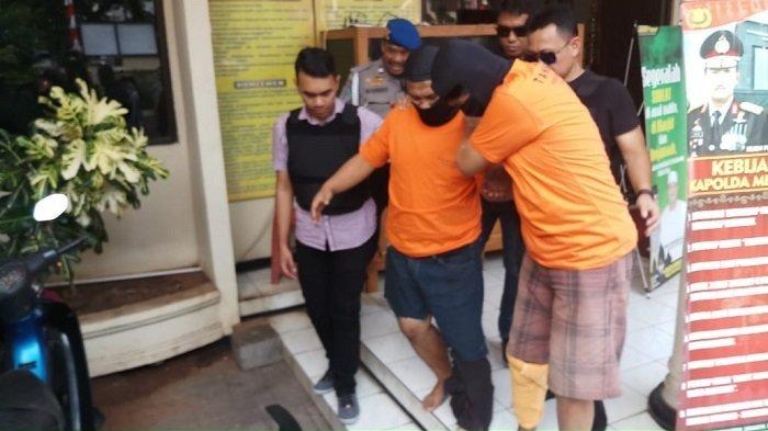 Roy Saputra dan Rahmat Hansah Merampok Toko Ponsel di Kembangan dengan Air Softgun