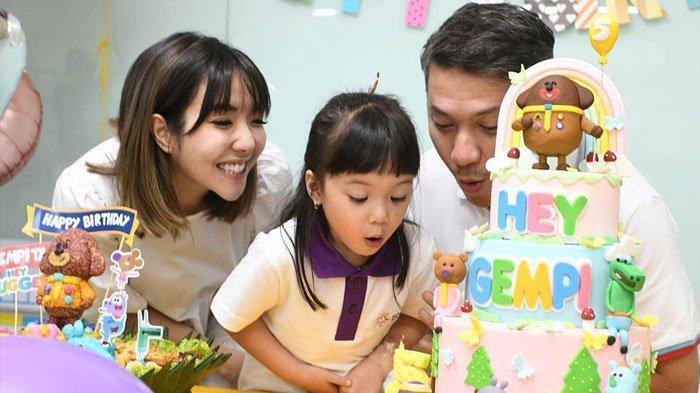 Gempita ulang tahun ditemani Gading Marten dan Gisella Anastasia