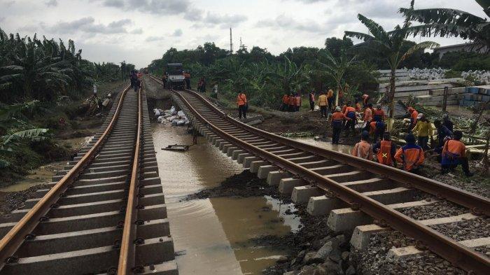 Rel di Petak Stasiun Kedunggedeh-Lemahabang Selesai Diperbaiki, KA Menuju Jakarta Bisa Melintas