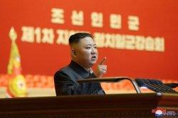 Kim Jong Un Muncul dengan Perban di Leher, Spekulasi Kesehatannya Marak Kembali