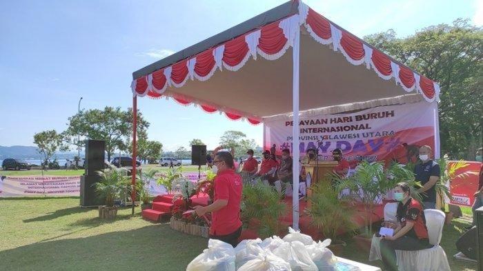 Tak Ada Demo, Peringatan Hari Buruh di Manado Justru Diisi dengan Baksos dan Bersih-bersih Pantai
