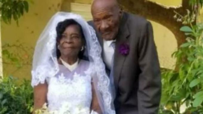 Pernikahan Evelina Meadder dan Calgent Wilson