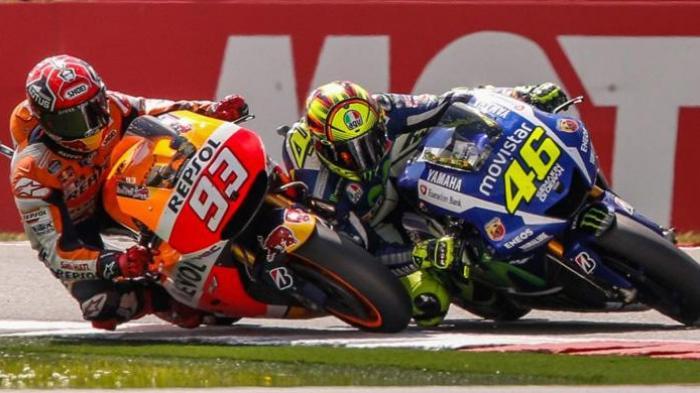 Persaingan Valentino Rossi dan Marc Marquez.