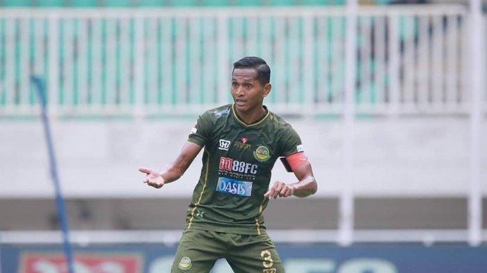 Persebaya Segera Rekrut Abduh Lestaluhu, Antisipasi Kepergian Ruben Sanadi ke Bali United?