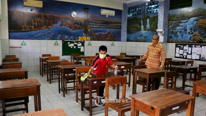 Pembukaan Sekolah Paling Cepat Dilakukan Akhir Desember
