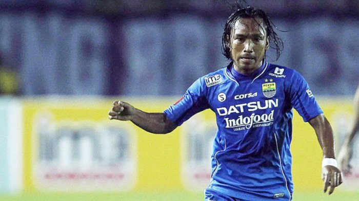 Gelandang Persib Bandung, Hariono.