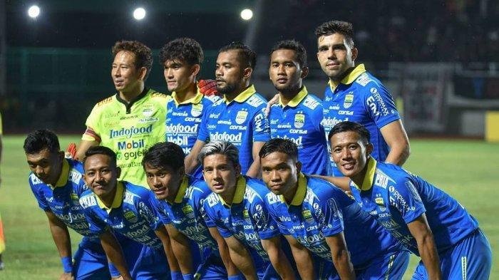 Persib Bandung Melawan Persis Solo di Stadion Manahan