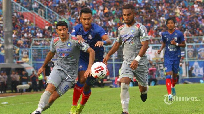 Arema FC Kalah dari Persib Bandung di Liga 1 2020, Robert Alberts dan KH Yudo Bahas Keberuntungan