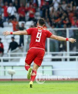 Pemain Persija Jakarta Marko Simic merayakan golnya ke gawang Persib Bandung dalam pertandingan lanjutan Liga 1 di Stadion Utama Gelora Bung Karno, Rabu (10/7/2019). Persib mampu menahan imbang tuan rumah Persija dengan skor 1-1. WARTA KOTA/FERI SETIAWAN