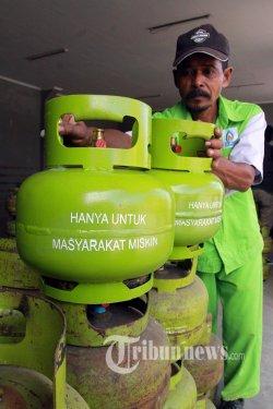 Gas 3 Kg Bocor, Dua Pegawai Rumah Makan Menderita Luka Bakar