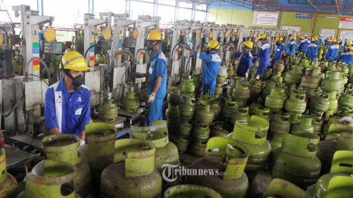 Di Tengah Pandemi Pertamina Tetap Jaga Ketersediaan Energi, Bersama Lebih Dari 1,2 Juta Pekerja