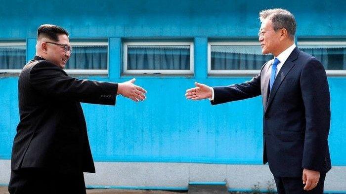 Korea Selatan dan Korea Utara Memulihkan Hotline Lintas Batas yang Telah Terputus selama 13 Bulan