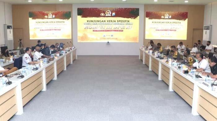 Komisi III DPR RI Sambangi Polda Jatim Bahas Pencegahan Penyalahgunaan Importir