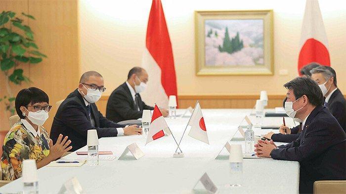 Suasana pertemuan antara Menlu RI Retno Marsudi dengan Menlu Jepang Toshimitsu Motegi.