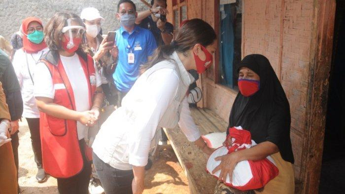 Pertiwi Indonesia Salurkan 22.000 Paket Sembako Bantuan Presiden ke Masyarakat Terdampak Covid-19