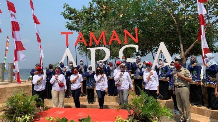 Pertiwi Indonesia Salurkan Bantuan Sembako Untuk Nelayan Di Kepulauan Seribu