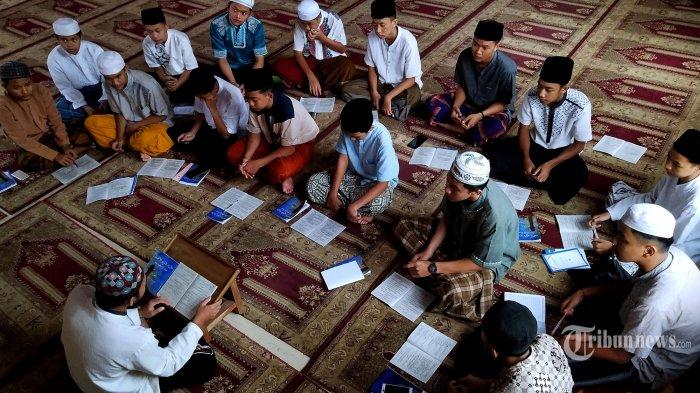 Fraksi PKB Pertanyakan Alasan Pemblokiran Dana Pesantren dan Madrasah