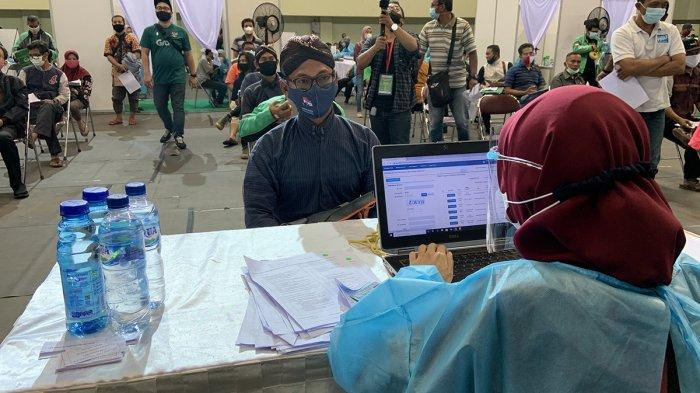 Grab Vaccine Center Yogyakarta di GOR UNY, Targetkan 10 Ribu Orang Divaksin