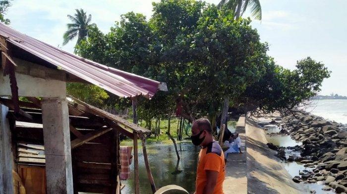 Puluhan Rumah di Aceh Terendam,Dihantam Pasang Air Laut