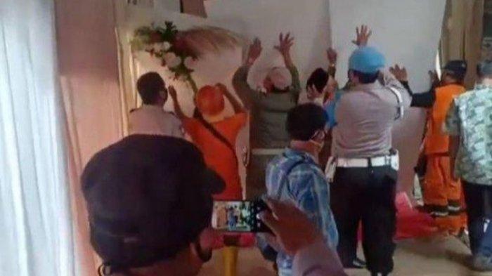 Aparat Gabungan Bubarkan Pesta Pernikahan di Duren Sawit, Acara Belum Dapat Izin Keramaian