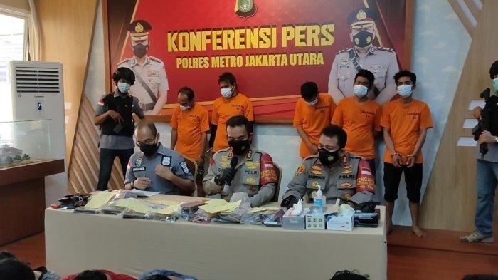 Konferensi pers di Mapolres Metro Jakarta Utara terkait penggerebekan pesta sabu, Jumat (4/6/2021).
