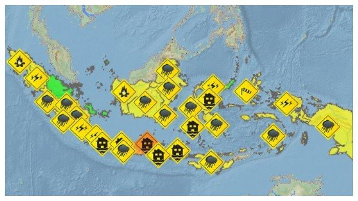 Peringatan Dini BMKG Senin, 22 Februari 2021, 28 Wilayah Berpotensi Alami Cuaca Ekstrem
