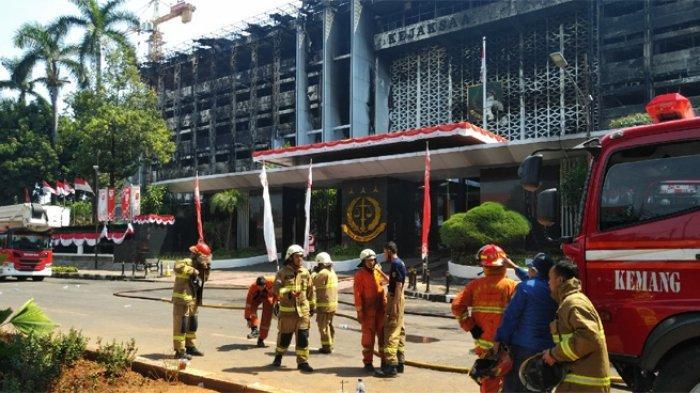 Polisi Interogasi 15 Orang SaksiTerkait Kebakaran Gedung Kejagung