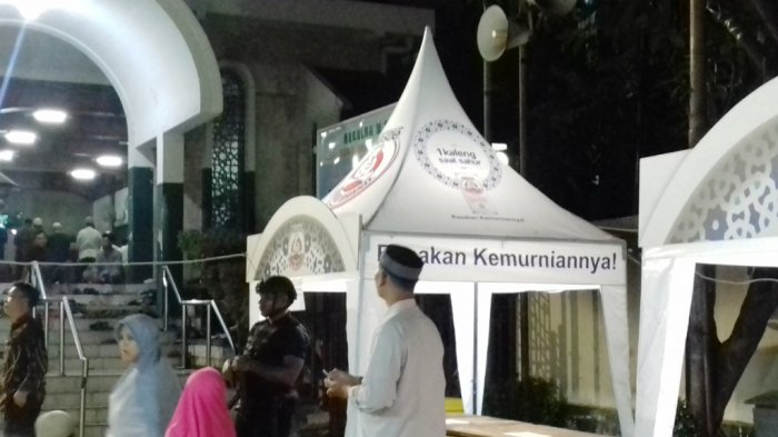 Jusuf Kalla Jalankan Salat Tarawih Perdana Masjid Sunda Kelapa