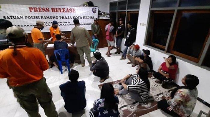 Belasan Muda-mudi Digerebek di Kediri,  Ada yang Satu Kamar Kos Dipakai 4 Pasang Bukan Muhrim