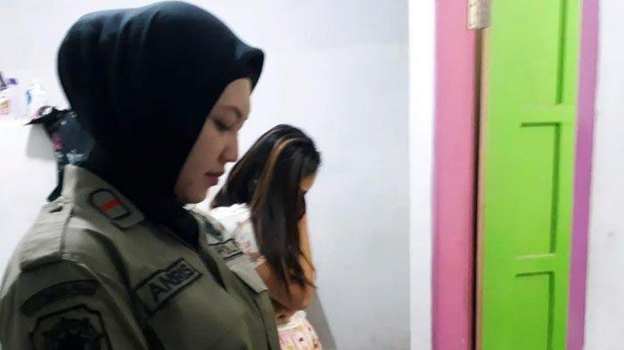 Apakah Melihat Foto Perempuan Seksi Di Medsos Membatalkan Puasa?