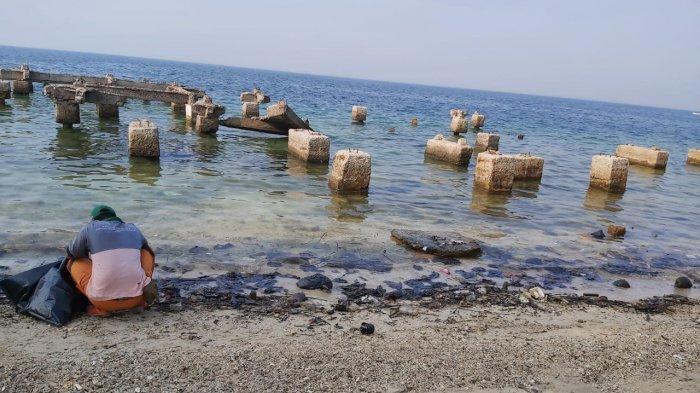 Merespons soal Anomali Lingkungan, PHE ONWJ Bersihkan Pulau Untung Jawa