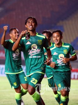 Pemain Persebaya Surabaya, Ady Setiawan (depan)