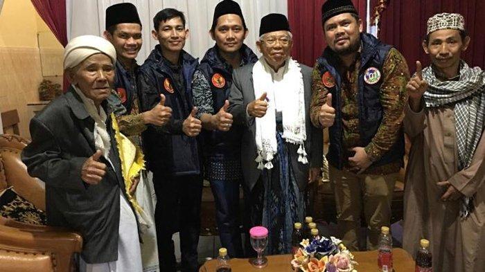 4.500 Relawan Pijat Refleksi Gratis di Konser Satu Jokowi