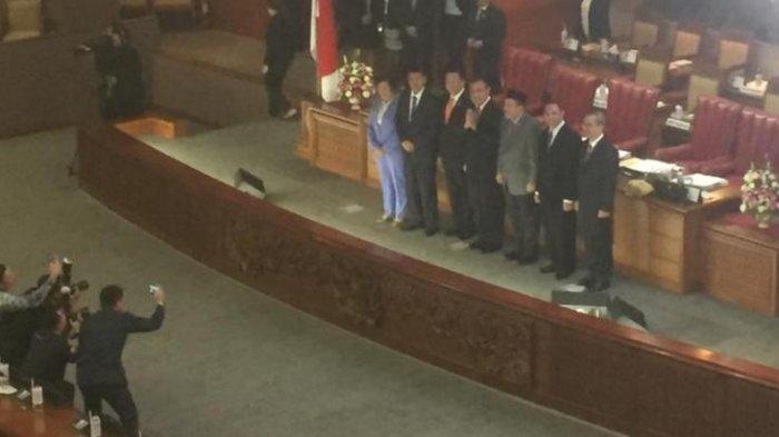 DPR Sahkan Lima Pimpinan Baru KPK