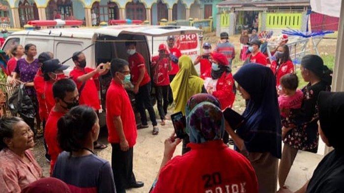 PKPI Salurkan Bantuan Korban Banjir di Bekasi, Diaz Berharap Musibah Segera Berakhir