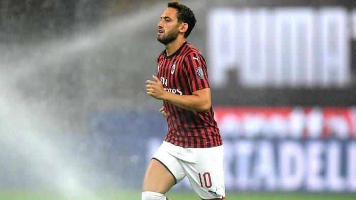 Kekecewaan Hakan Calhanoglu Warnai Debut Brahim Diaz bersama AC Milan di Liga Italia