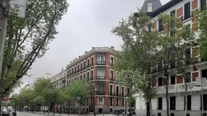 Kawasan Plaza Santa Barbara, Madrid, Spanyol