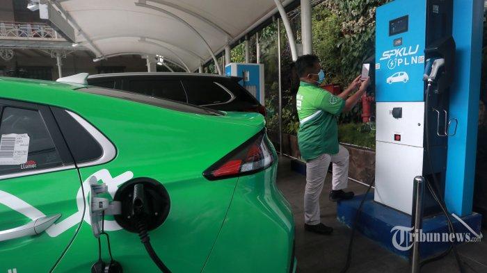Pertamina Bangun Stasiun Isi Daya Mobil Listrik di Bandara Soekarno Hatta