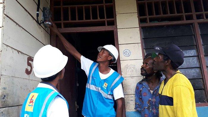 PLN Kebut Listriki Desa-desa di Papua-Papua Barat