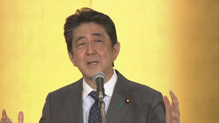 Shinzo Abe Imbau Anggota Partal Liberal Hentikan Mimpi Buruk Atas Kekacauan Politik di Jepang
