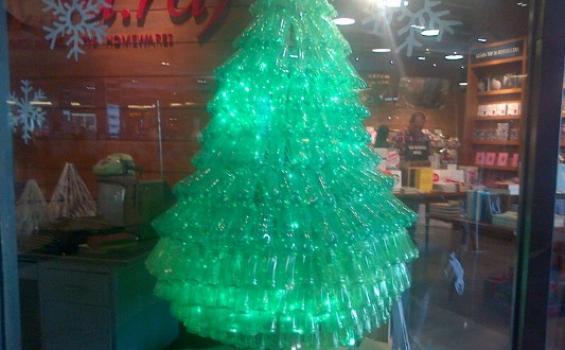 Baitul Muslimin Indonesia: Halal Ucapkan Selamat Natal