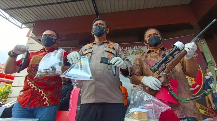 Guru di Malang Ditangkap Polisi Karena Rakit Senjata Api Secara Ilegal, Densus 88 Turun Tangan