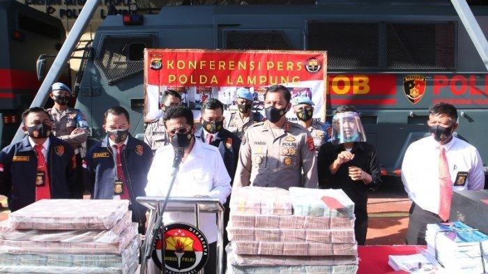 BREAKING NEWS: Polda Lampung Sita Uang Rp 10 Miliar, Diduga Hasil Korupsi Proyek Jalan