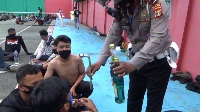 7 Pria Peserta Demo Tolak UU Cipta Kerja di Lampung Kedapatan Bawa Botol Berisi BBM