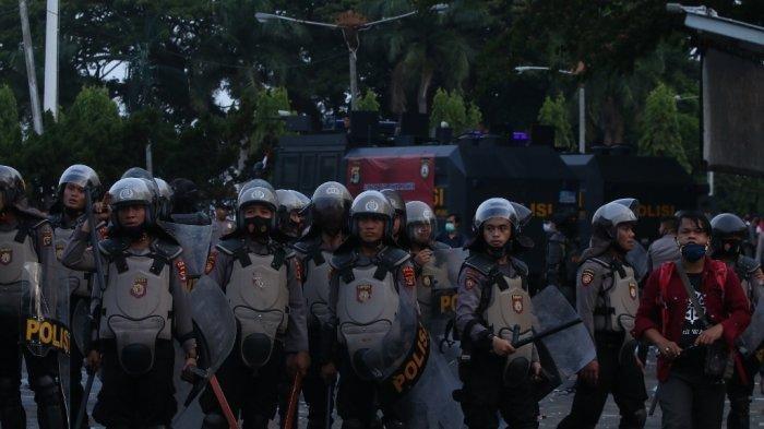 Polisi Lampung Diperiksa Propam, Diduga Terlibat Kekerasan Saat Amankan Demo Tolak UU Cipta Kerja