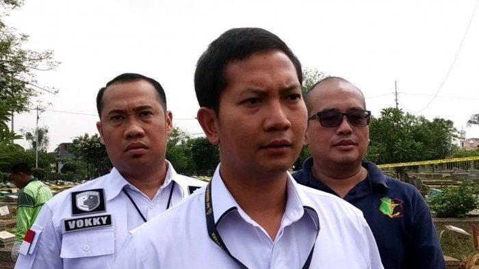 Kasat Reskrim Polres Metro Jakarta Utara Kompol Wirdhanto Hadicaksono, Kamis (28/11/2019), di TPU Kawi-kawi, Johar Baru Jakarta Pusat