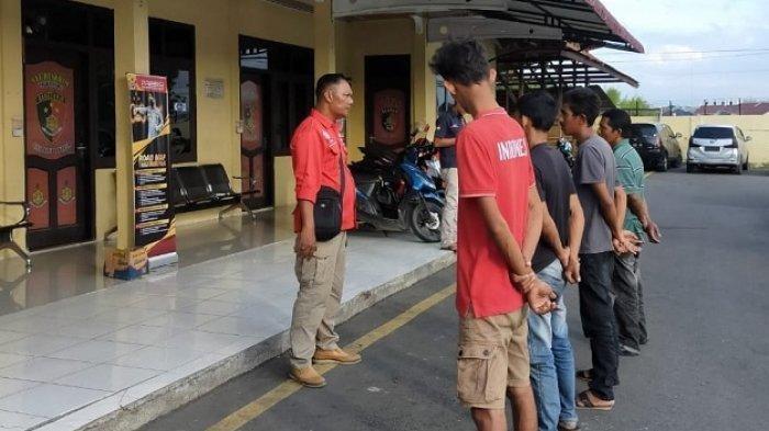 Menyamar Sedang Pacaran, Polisi di Pidie Ringkus Empat Orang Preman