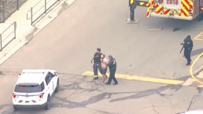 Polisi menangkap tersangka penembakan