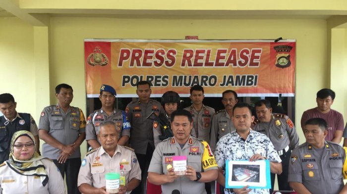 Puluhan Ribu Baby Lobster dari Lampung Hendak Diselundupkan ke Singapura