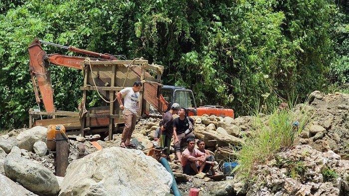 Polisi Sita 25 Gram Serbuk Emas Murni dari Penambang Ilegal di Nagan Raya, Aceh
